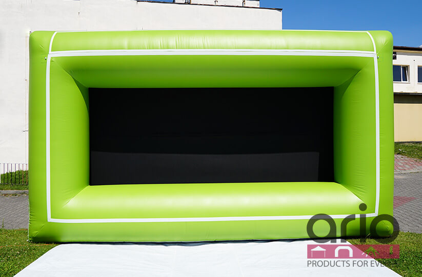 airwall-ekran-reklamowy-siatka-blokujaca