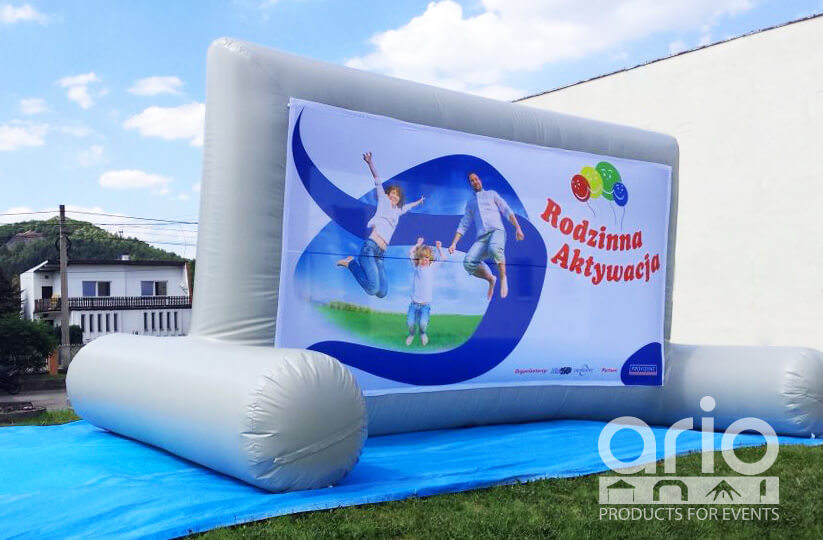 airwall-ekran-reklamowy-z-podstawa
